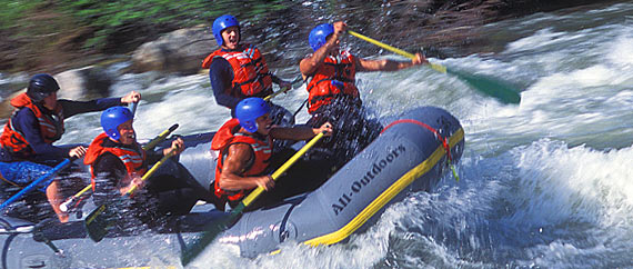 One Day Rafting Trips on the Kaweah River